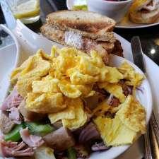 Mary's Market Cafe & Bakery | 1659 N Alpine Rd, Rockford, IL 61107, USA