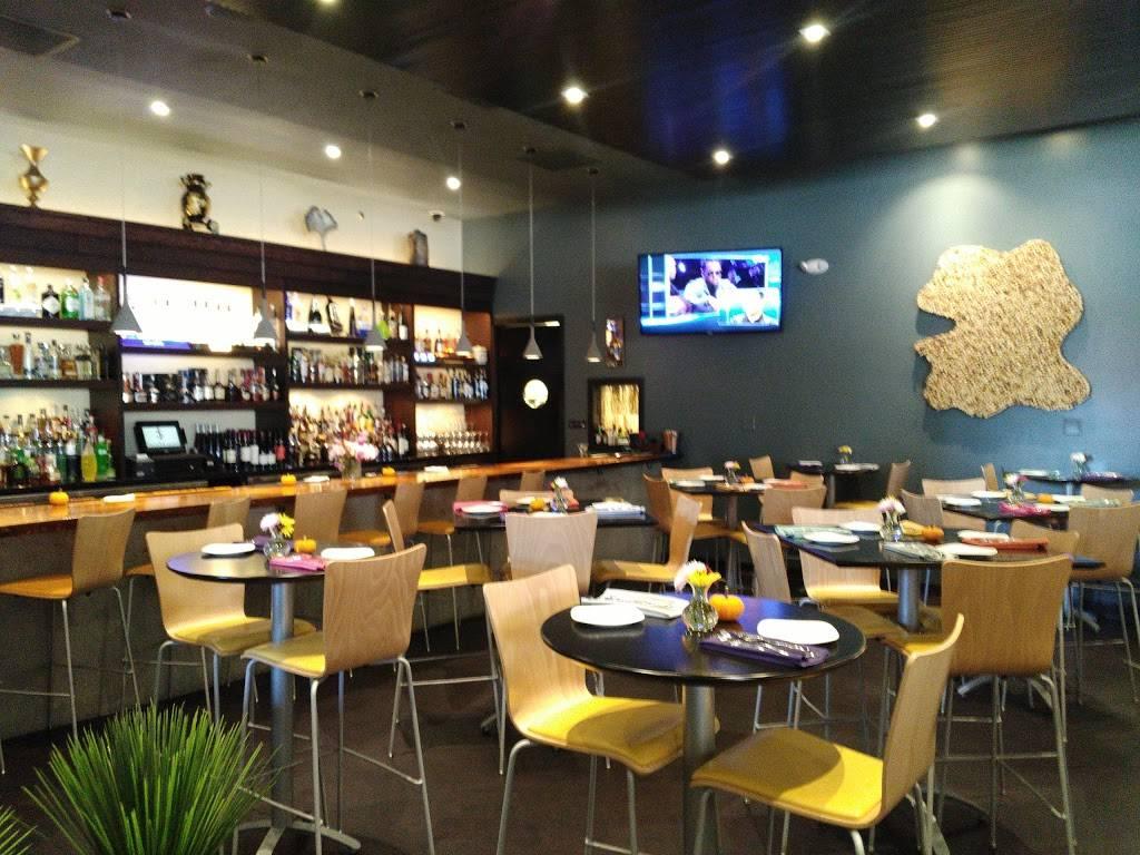 Siam Marina | restaurant | 16846 Oak Park Ave, Tinley Park, IL 60477, USA | 7084078825 OR +1 708-407-8825