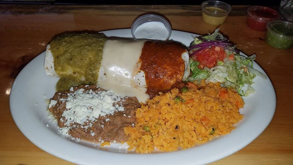 La Cantina Charcoal Grill | restaurant | 211 S Schuyler St, Neosho, WI 53059, USA | 9206256009 OR +1 920-625-6009