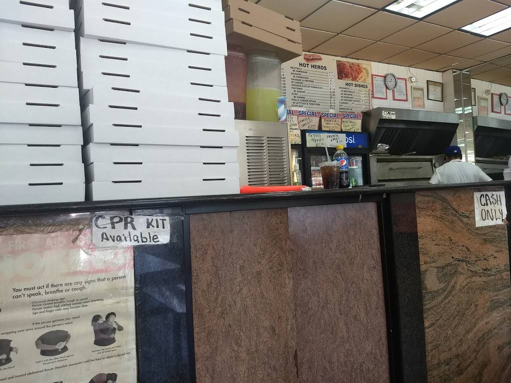 Mikes Pizza | restaurant | 905 Myrtle Ave, Brooklyn, NY 11206, USA | 7187825011 OR +1 718-782-5011