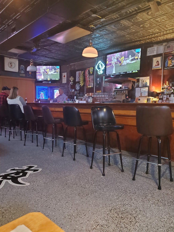 Konczs Bar | restaurant | 1101 1st St, Lasalle, IL 61301, USA | 8152239666 OR +1 815-223-9666