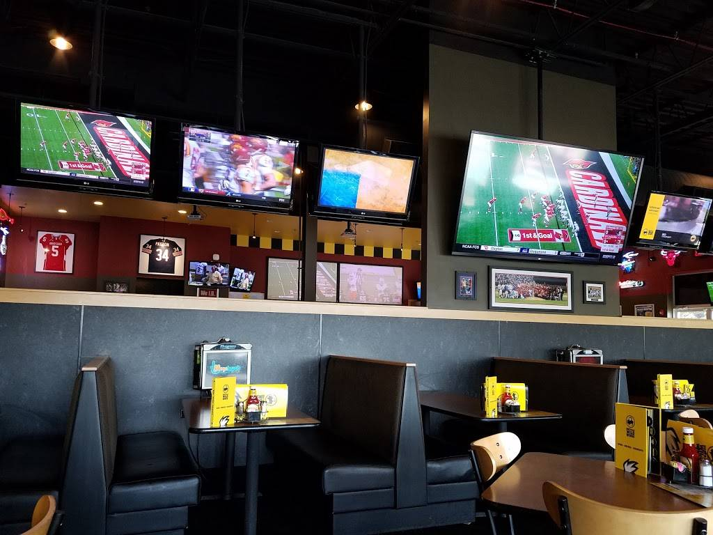 Buffalo Wild Wings   restaurant   17510 Halsted St, Homewood, IL 60430, USA   7089229453 OR +1 708-922-9453