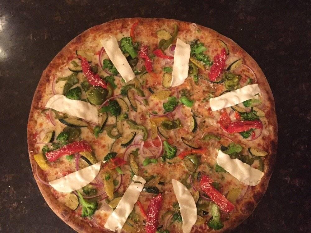 Sal and Carmine Pizza | restaurant | 2671 Broadway, New York, NY 10025, USA | 2126637651 OR +1 212-663-7651