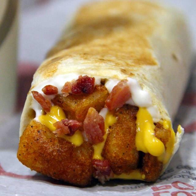 Taco Bell | meal takeaway | 2170 Fletcher Ave, Fort Lee, NJ 07024, USA | 2015925245 OR +1 201-592-5245