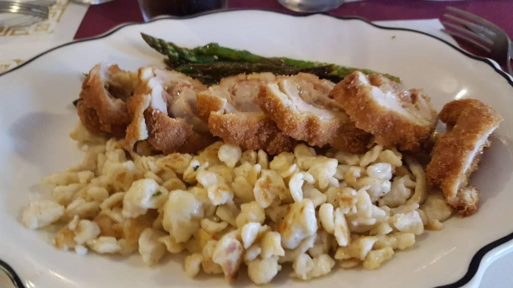 Gasthaus   restaurant   115 N Dixie Way, Roseland, IN 46637, USA   5742724287 OR +1 574-272-4287