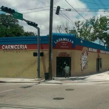La Familia Meat Market | restaurant | 2440 Canal St, Houston, TX 77003, USA | 7132271170 OR +1 713-227-1170