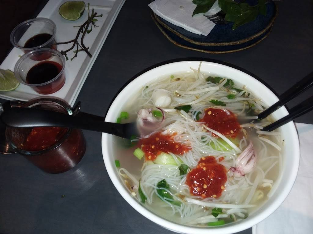 Mozen Asian Kitchen   restaurant   49500 Seminole Dr, Cabazon, CA 92230, USA   9518493080 OR +1 951-849-3080
