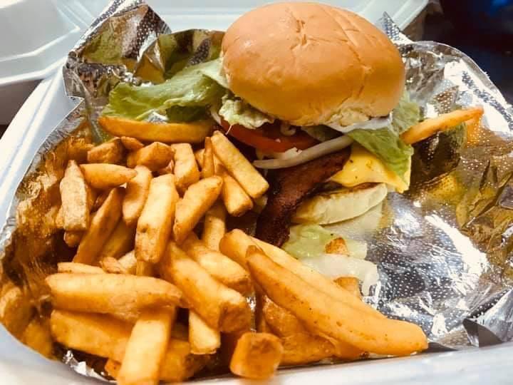 EL PASO RESTAURANTE Y PUPUSERIA   restaurant   105 Main St, Aurelia, IA 51005, USA   7124342510 OR +1 712-434-2510