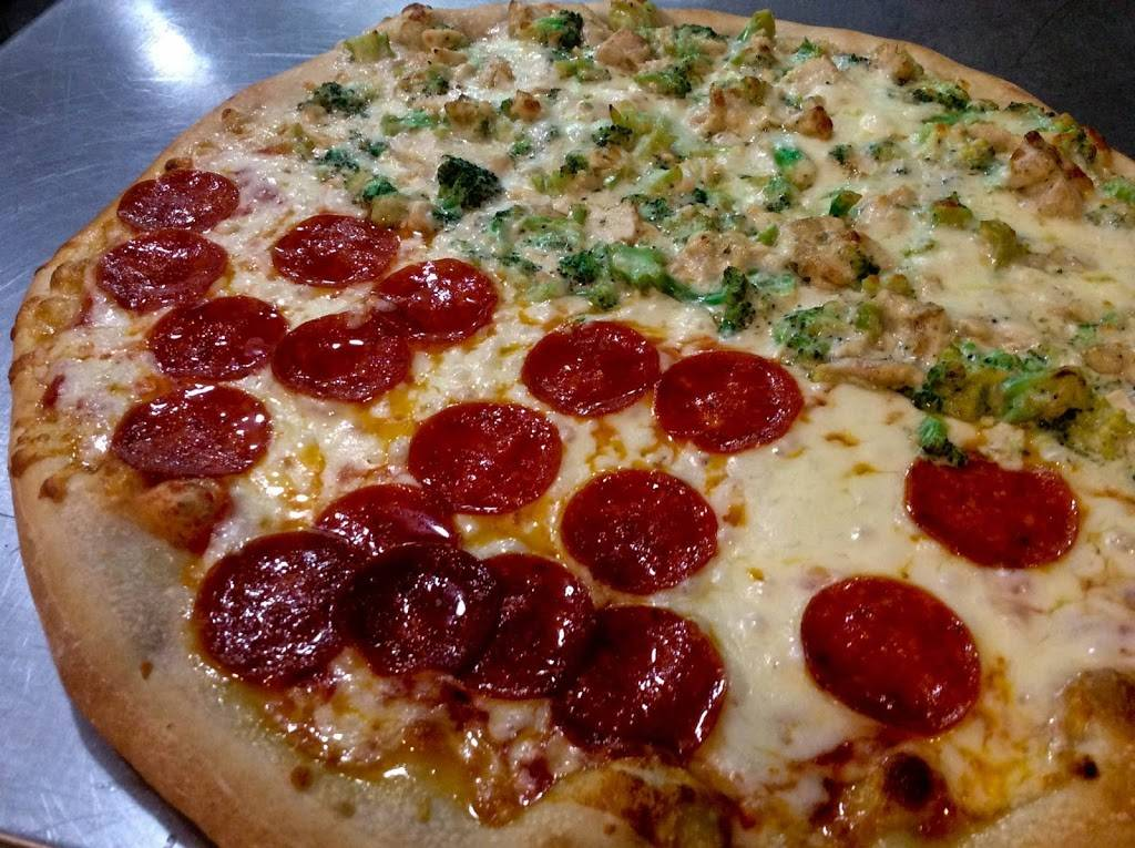 Pizza Factory | restaurant | 30-30 47th Ave #140, Long Island City, NY 11101, USA | 7187861030 OR +1 718-786-1030