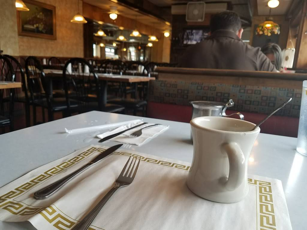 P & L Grill & Diner | meal takeaway | 590 32nd St, Union City, NJ 07087, USA | 2018651121 OR +1 201-865-1121