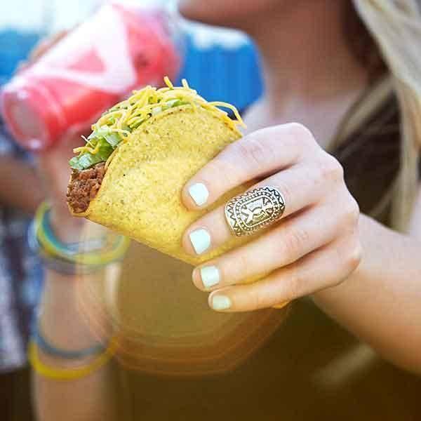 Taco Bell   meal takeaway   525 NE Coronado Dr, Blue Springs, MO 64014, USA   8162201521 OR +1 816-220-1521