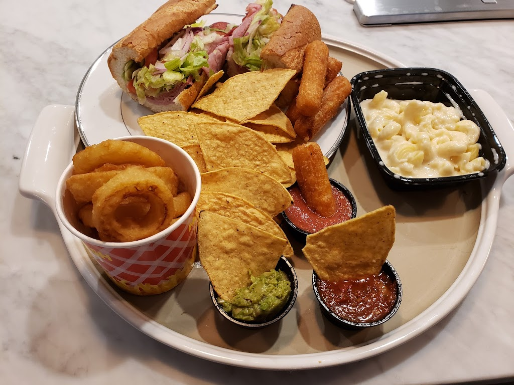 Fat Daddys | restaurant | 5860 Baltimore National Pike, Catonsville, MD 21228, USA | 4107477570 OR +1 410-747-7570