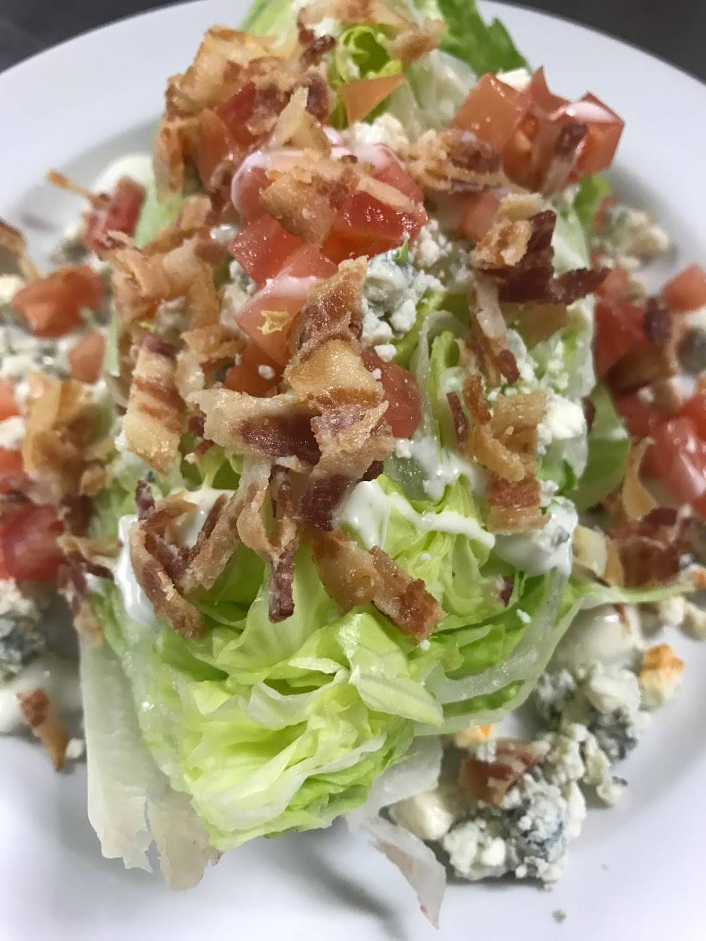 The Breakroom Bar & Grill   restaurant   13575 58th St N, Clearwater, FL 33760, USA   7275384273 OR +1 727-538-4273