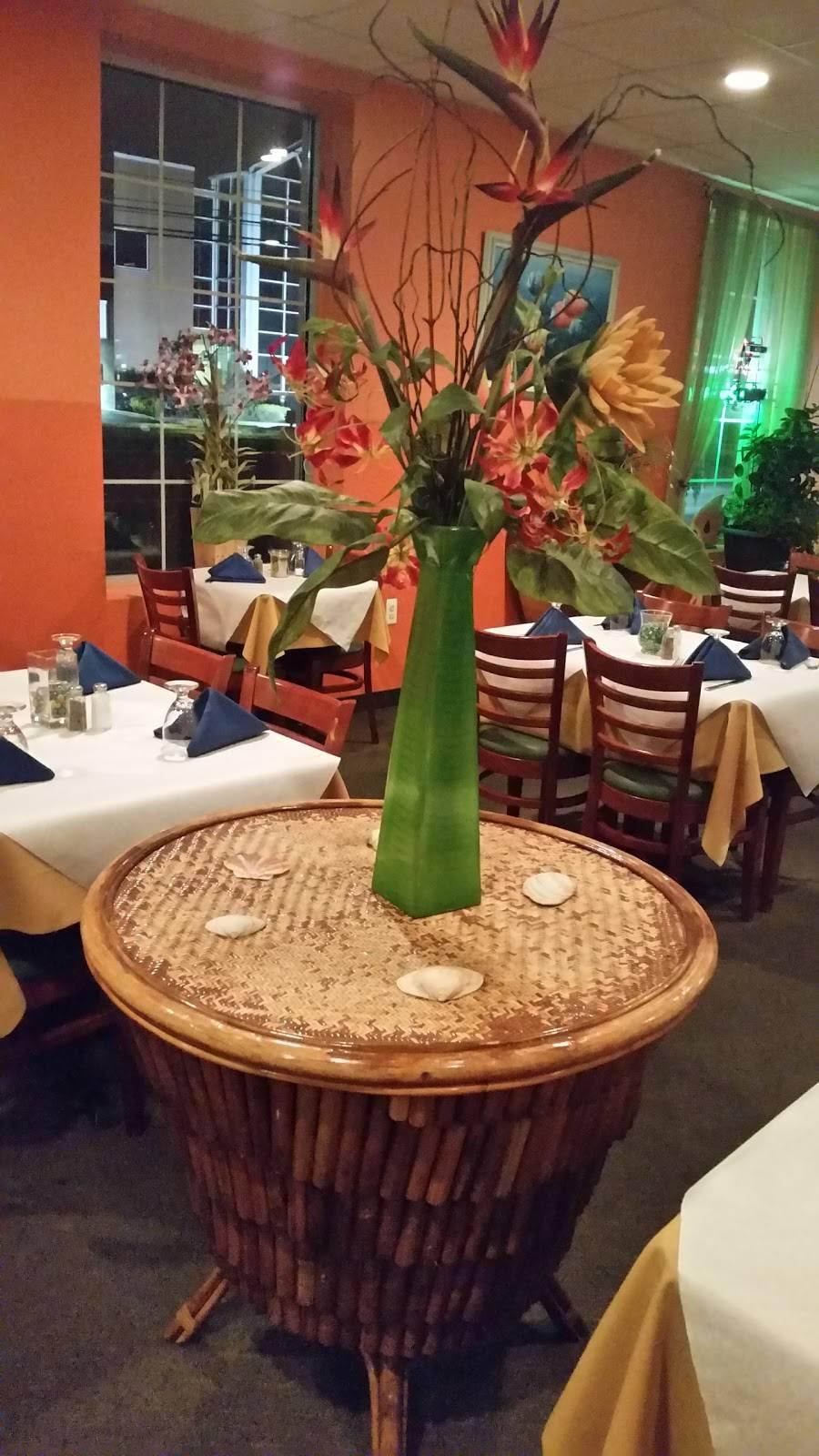 De Island Breeze Restaurant & Lounge | restaurant | 676 Franklin Blvd, Somerset, NJ 08873, USA | 7322148611 OR +1 732-214-8611