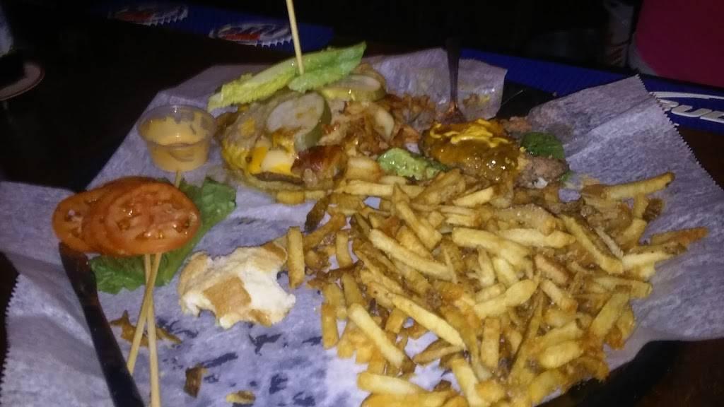 Q Bar   restaurant   11 W John St, Plano, IL 60545, USA   6305527663 OR +1 630-552-7663