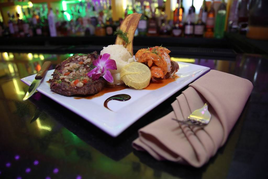 Krystal Bar & Lounge | restaurant | 1534 University Ave, Bronx, NY 10452, USA | 3472701933 OR +1 347-270-1933