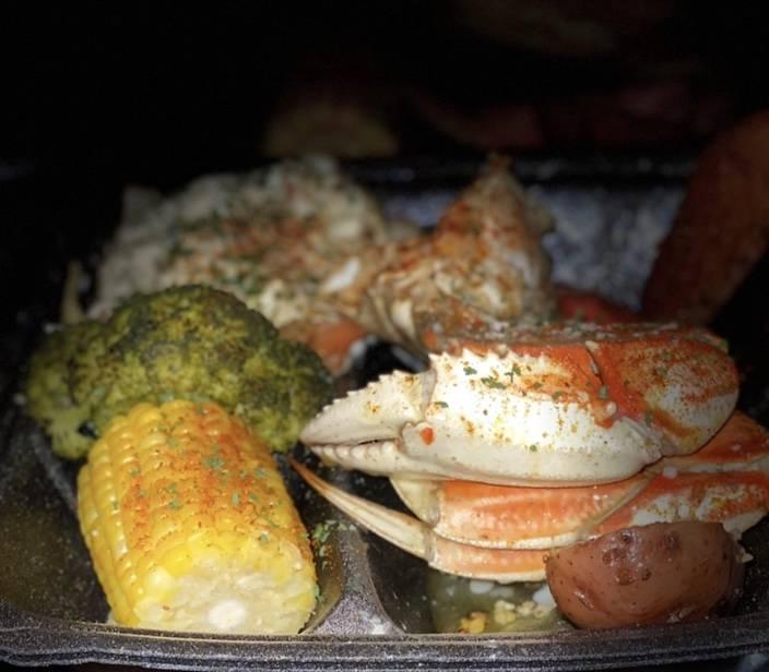 Kings Seafood & Pasta   restaurant   300 E High St, Pottstown, PA 19464, USA   4843004410 OR +1 484-300-4410
