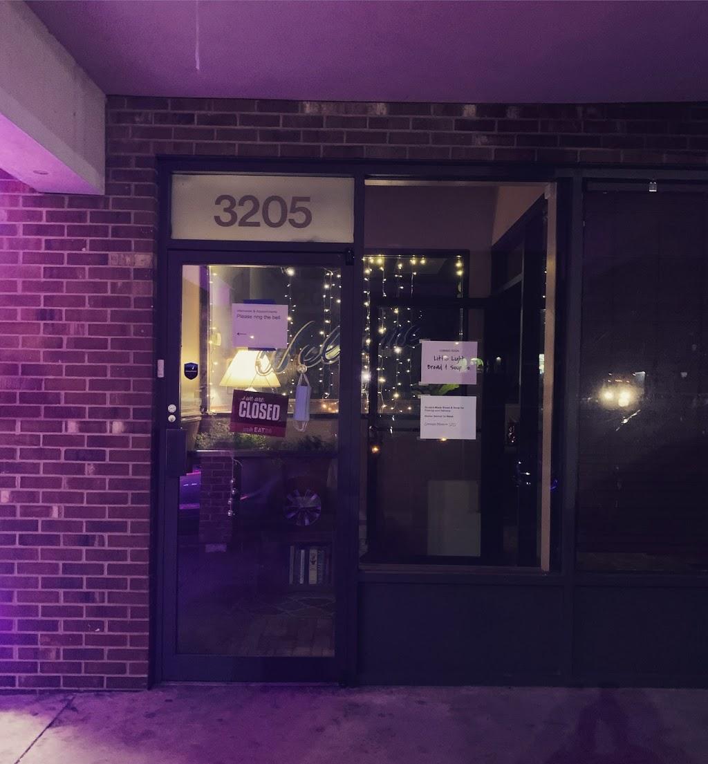 Little Light Bread & Soup Company | restaurant | 3205 Yanceyville St, Greensboro, NC 27405, USA | 3362656701 OR +1 336-265-6701