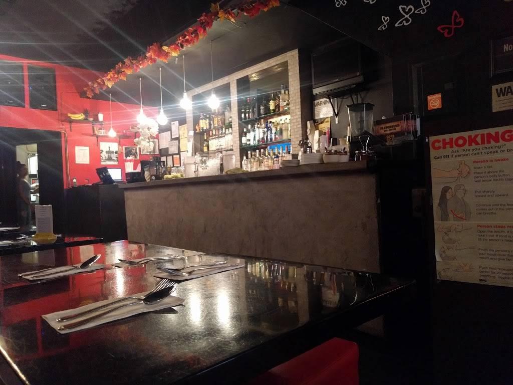 Playground | restaurant | 71-30 Roosevelt Ave, Flushing, NY 11372, USA | 7187797912 OR +1 718-779-7912