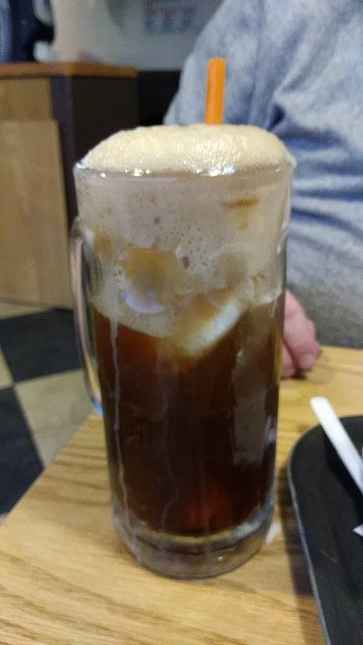 Dodgeville A&W | restaurant | 201 County Road YZ, Dodgeville, WI 53533, USA | 6089353056 OR +1 608-935-3056