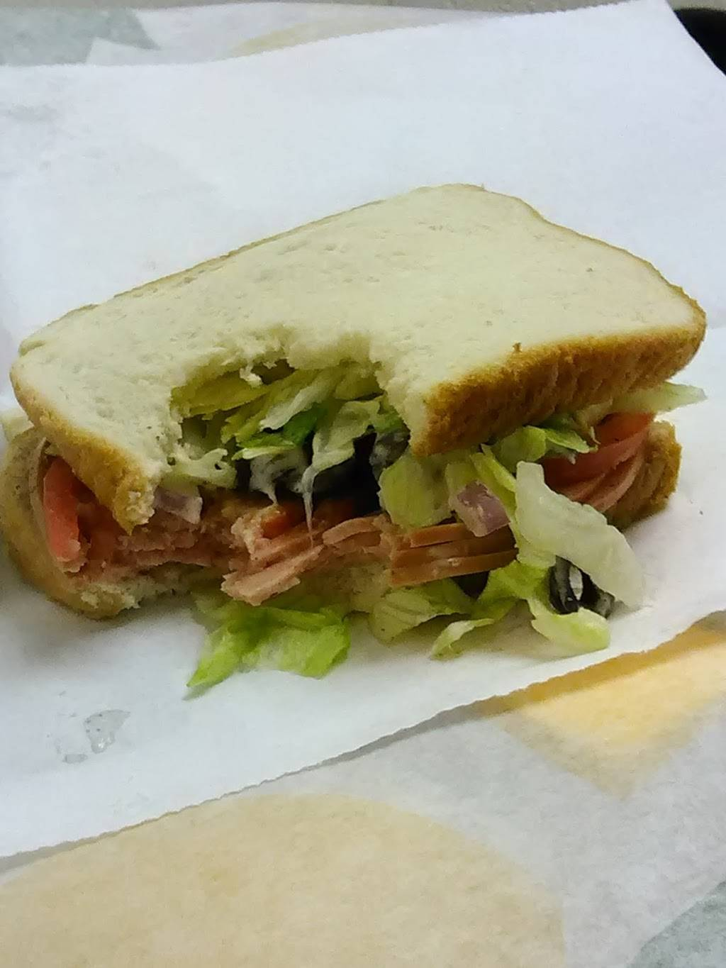 Subway | meal takeaway | 3450 Clarks River Rd, Paducah, KY 42003, USA | 2707091918 OR +1 270-709-1918