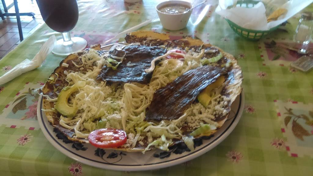 La Flor Oaxaqueña LLC   restaurant   12889 CA-145 #3, Madera, CA 93637, USA   5596648331 OR +1 559-664-8331