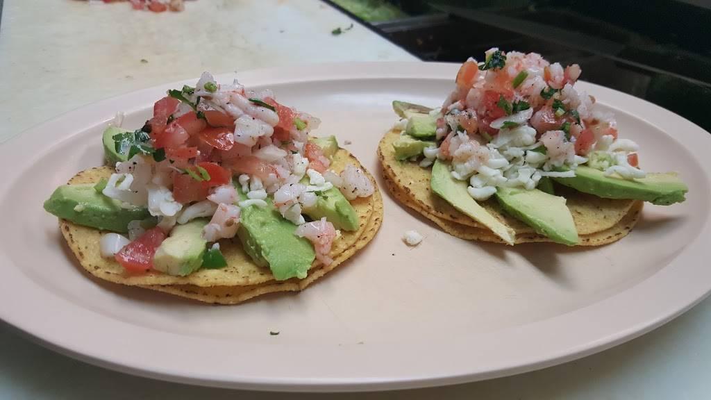 El Burrito Mexicano Real | restaurant | 520 W Lake St, Addison, IL 60101, USA | 6304582708 OR +1 630-458-2708