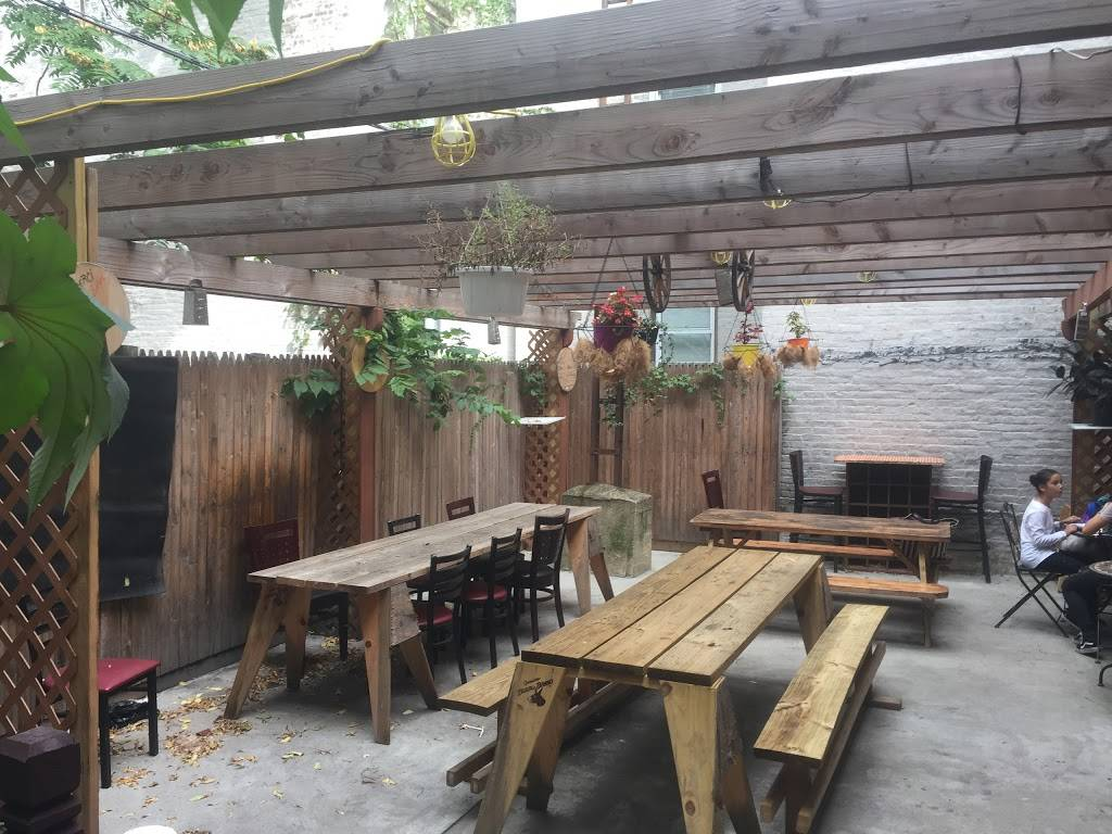 Via Roma Pizza Bar | restaurant | 445 Court St, Brooklyn, NY 11231, USA | 9293379714 OR +1 929-337-9714