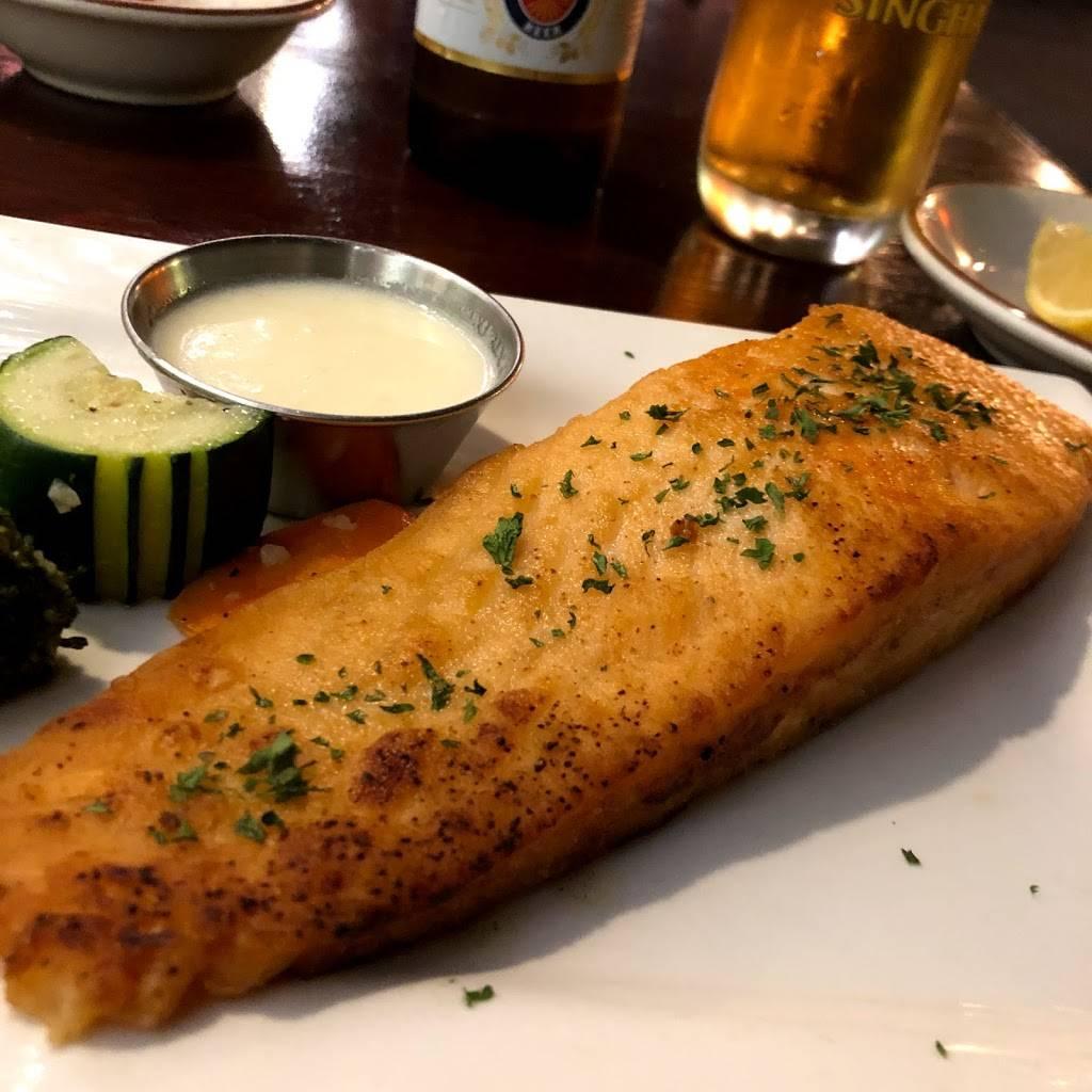 Little Whale Seafood   restaurant   716 Magnolia Ave, Millbrae, CA 94030, USA   6506974004 OR +1 650-697-4004