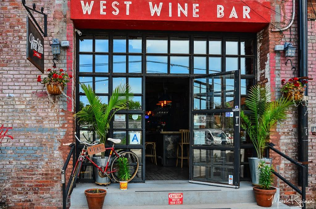 West Wine Bar | restaurant | 67 West St #3, Brooklyn, NY 11222, USA | 9179091087 OR +1 917-909-1087