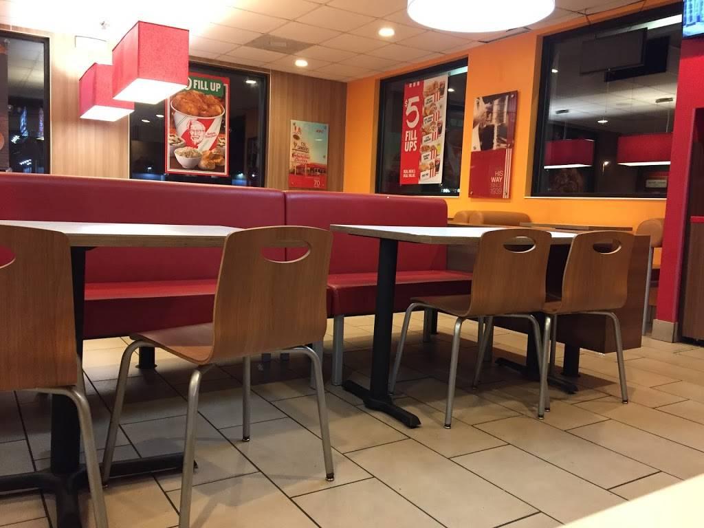KFC | restaurant | 9406 US-19, Port Richey, FL 34668, USA | 7278169218 OR +1 727-816-9218
