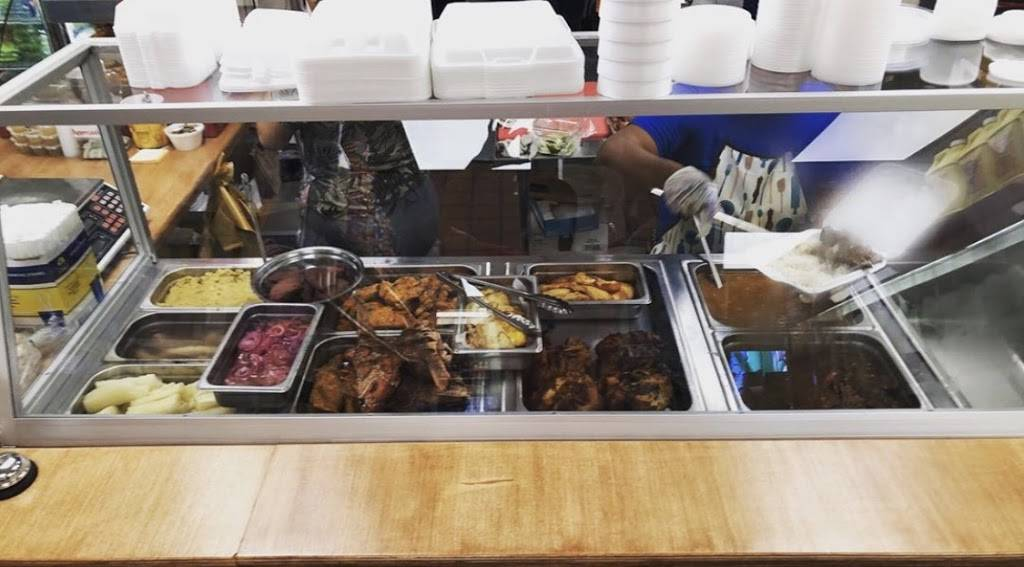 Lizardo's Market and Restaurant | meal takeaway | 431 Central St, Lowell, MA 01852, USA | 9787107213 OR +1 978-710-7213