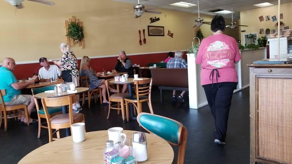 Sams Place | restaurant | 116 US-17, North Myrtle Beach, SC 29582, USA | 8432497800 OR +1 843-249-7800