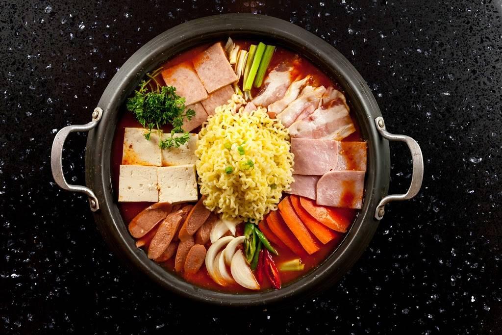 Ssam Tong Korean BBQ | restaurant | 41-08 149th Pl, Flushing, NY 11355, USA | 7188866797 OR +1 718-886-6797
