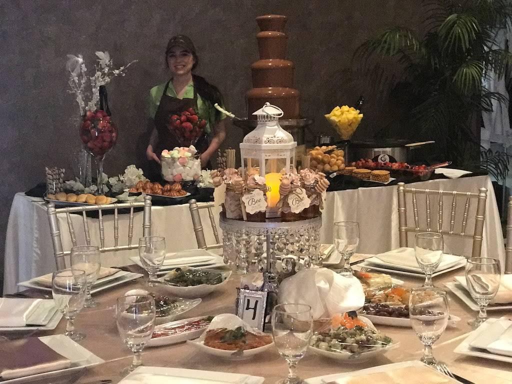 ChocoFruit | restaurant | 638 S Brookhurst St, Anaheim, CA 92804, USA | 3109102772 OR +1 310-910-2772