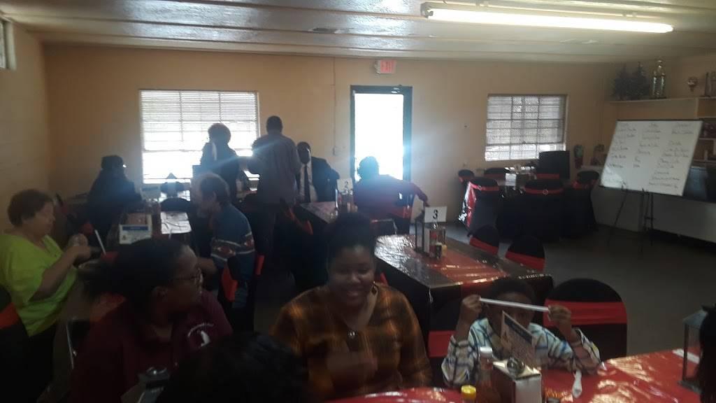 Jeans Diner   restaurant   913 West St, Minden, LA 71055, USA   3186399502 OR +1 318-639-9502