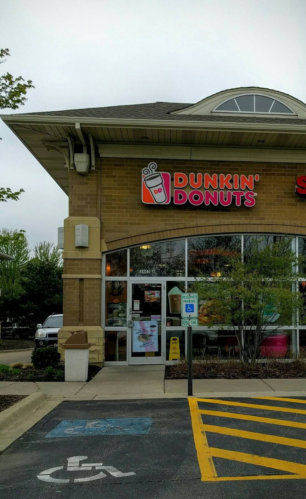 Dunkin Donuts   cafe   2445 75th St, Darien, IL 60561, USA   6304270971 OR +1 630-427-0971