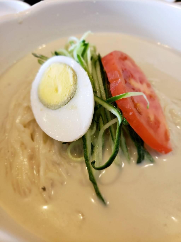 SGD DUBU SO GONG DONG TOFU & KOREAN BBQ | restaurant | 725 River Rd #45, Edgewater, NJ 07020, USA | 2019455106 OR +1 201-945-5106
