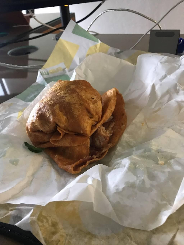 Subway   restaurant   7204 N Western Ave, Oklahoma City, OK 73116, USA   4052860806 OR +1 405-286-0806