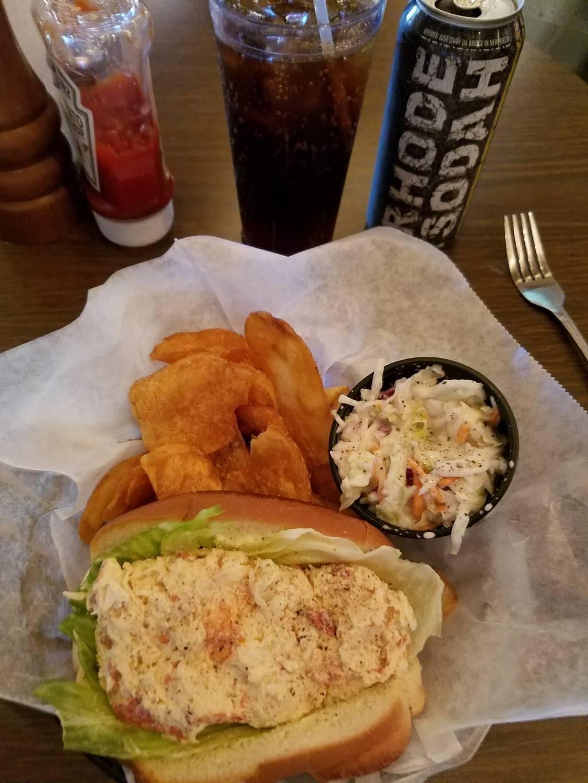 Plumbys Upstairs Burger Bar   restaurant   140 Thames St, Newport, RI 02840, USA   4018496334 OR +1 401-849-6334