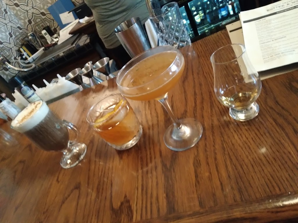 Butter and Whiskey Irish Pub | restaurant | 220 Culver St, Saugatuck, MI 49453, USA
