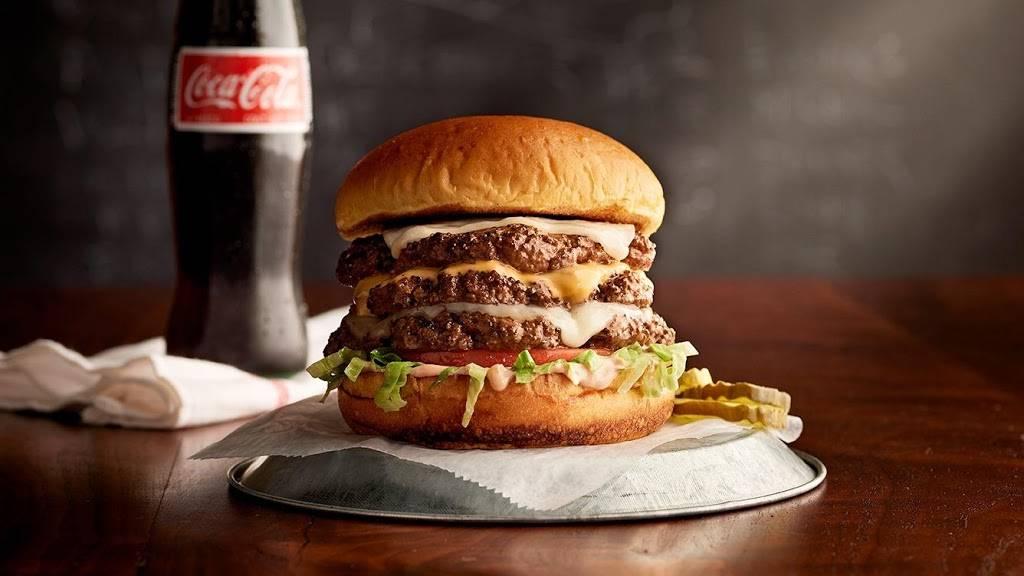 Bills Bar & Burger   restaurant   85 West St, New York, NY 10006, USA   2128943800 OR +1 212-894-3800