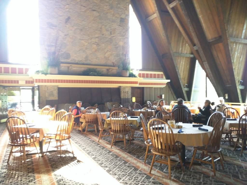 Hueston Woods Trailblazer Dining Room   restaurant   College Corner, OH 45003, USA   5136643527 OR +1 513-664-3527