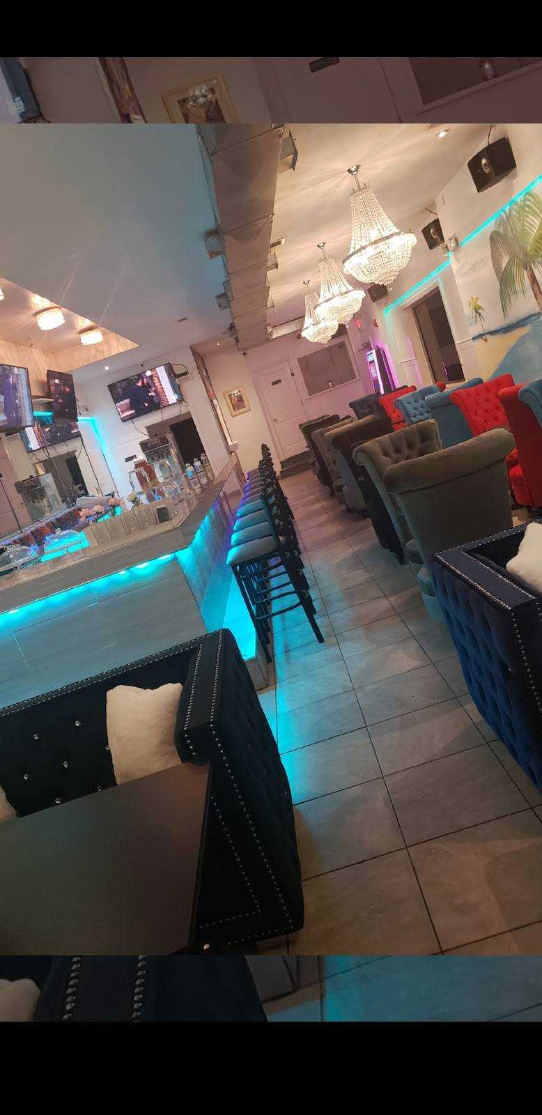 Peppers hookah Lounge & GENTLEMENS CLUB | restaurant | 2643 W Sergeant St, Philadelphia, PA 19132, USA | 2674437654 OR +1 267-443-7654