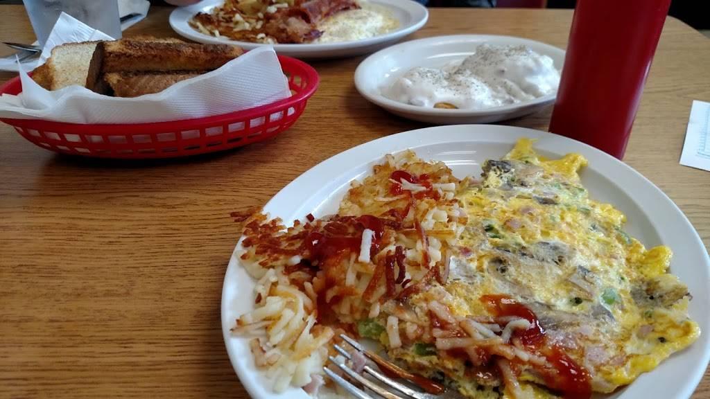 Gus Family Restaurant   restaurant   1627 Walkup Ave, Monroe, NC 28110, USA   7042921155 OR +1 704-292-1155