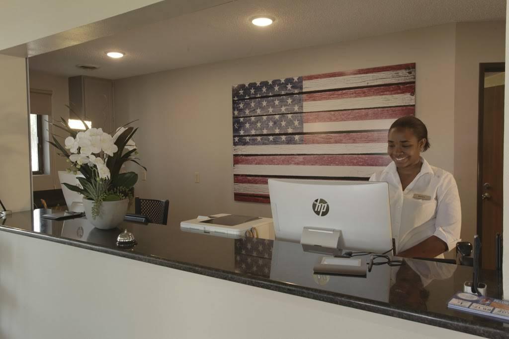 Natura Treescape Resort | restaurant | 400 Co Rd A, Wisconsin Dells, WI 53965, USA | 6082534451 OR +1 608-253-4451