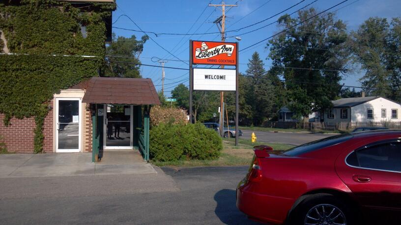 Liberty Inn   restaurant   1901 Liberty Ave, Beloit, WI 53511, USA