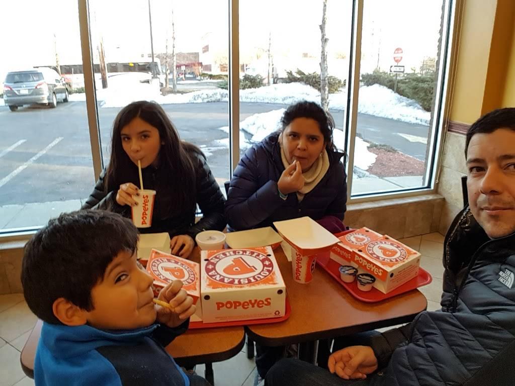 Subway Restaurants   restaurant   300 Washington Ave, Carlstadt, NJ 07072, USA   2016359200 OR +1 201-635-9200