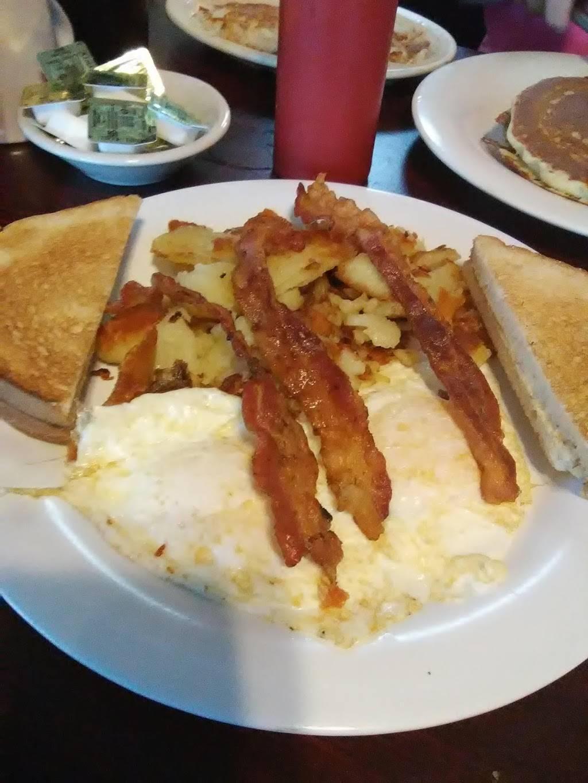 Susies Restaurant | restaurant | 6476 Ridge Rd, Port Richey, FL 34668, USA | 7278443928 OR +1 727-844-3928