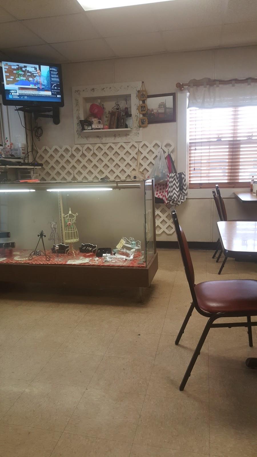 Lil Miss Emilys Cafe | restaurant | 426 N 2nd St, Pulaski, TN 38478, USA | 9313639605 OR +1 931-363-9605
